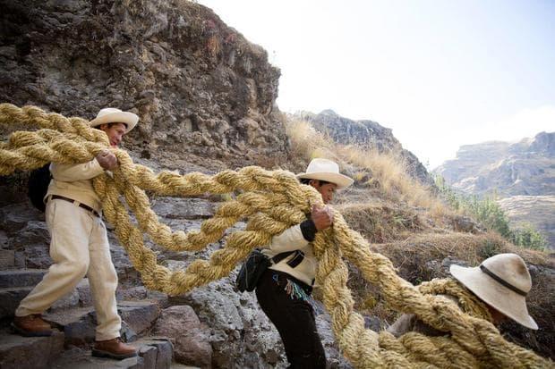 Въжетата на моста