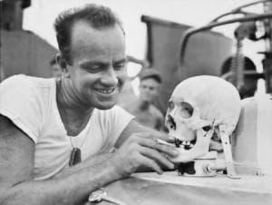 Американски войник с череп на японец