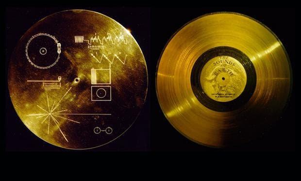 Златният диск на Вояджър
