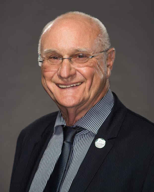 Д-р Уилям Дароу