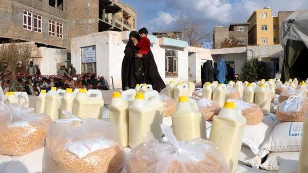 храна за бедстващите в Йемен