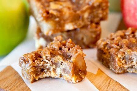 ябълкови мини барчета с карамел