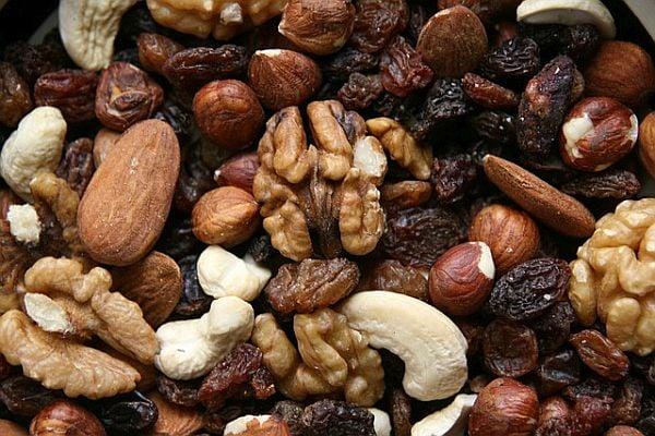 Микс от ядки и сушени плодове