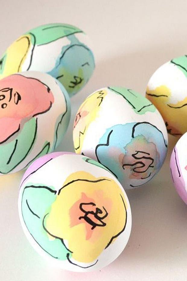 Яйца с флорални мотиви