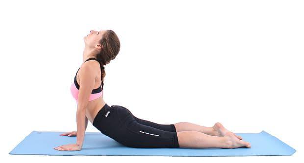 Йога поза Кобра - крайна позиция