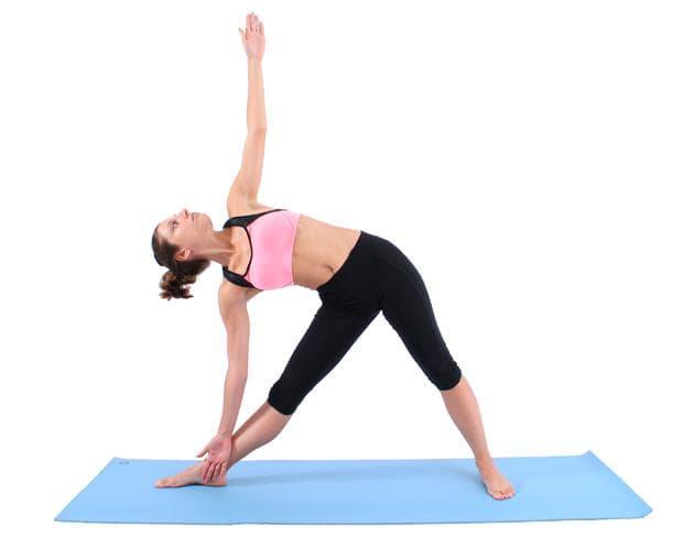 Йога поза триъгълник