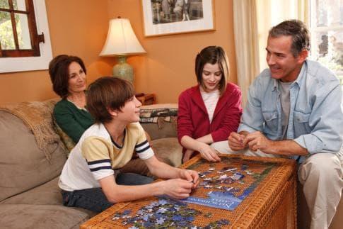 Забавление със семейството