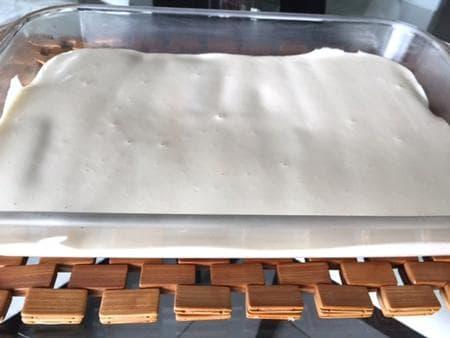 замразена боровинкова торта