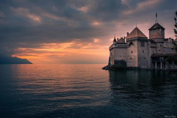 Замъкът Шато де Шийон