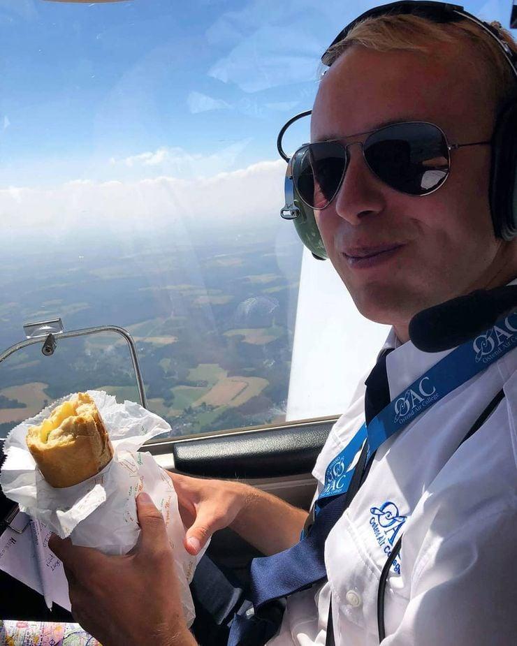 На пилотите им е забранено да споделят храната си