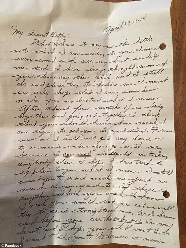 Зазидано в къща писмо от 60 години, пази тайната на една любов