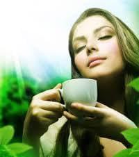 жена с чаша за чай