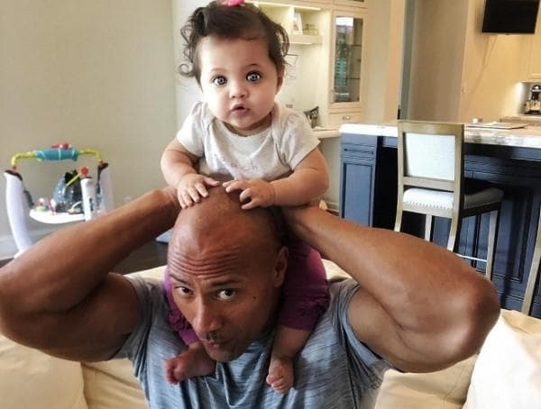 Дуейн Джонсън и дъщеря му