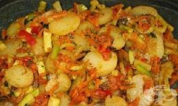 Рагу от тиквички и картофи - изображение