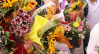 Цветя, благотворителност или и двете, в ден като днешния?!