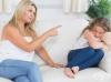 Как натрапчивото присъствие на родителите може да навреди на децата
