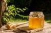 Медът ефективно облекчава кожните изгаряния