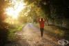 Британски учени: Ходенето пеша води до дълготрайни ползи за здравето