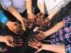 Учителки използват необичаен подход, за да научат децата да си мият правилно ръцете