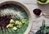 Заредете се с енергия с напитка от авокадо, мента, какао и кейл