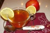 За успокояване на нервите и лечение на грип пийте чай от липа с ябълка и канела
