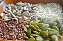 Регулиране на хормоните и менструацията чрез семена
