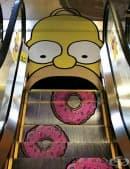 20 реклами без конкуренция, изобразени върху ескалатори