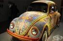 Виждали ли сте Фолксваген Бийтъл, декориран с над 2 милиона стъклени мъниста? Вижте тук