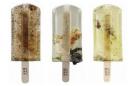 Замърсената вода в Тайван, представена под формата на сладолед на клечка