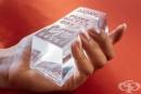 Художник превръща водата в банкноти и златни кюлчета, за да повиши вниманието към най-ценния ресурс на Земята