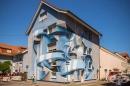 Впечатляващи 3D абстрактни графити върху обикновени сгради