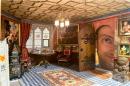Мъж създава свой миниатюрен замък в продължение на 30 години