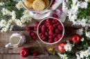 Кои храни понижават стреса и кои го повишават