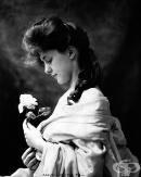 Евелин Несбит — първият супермодел в света