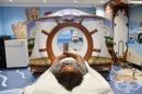 В тази болница са намерили възхитителен начин да предразположат болните деца за изследването с ЯМР