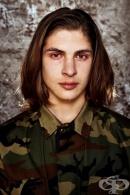 Вижте 14 мощни мъжки портрета, запечатали емоции относно новата задължителна военна служба в Литва (галерия)