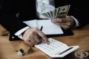 Съпрузите управляват по-добре семейния бюджет