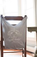 Направете си торбичка за покупки от стара тениска - само за 10 минути и без шиене!