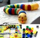 Как да научите децата да рециклират? Направете заедно страхотна змия от капачки! (инструкции)