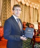 """Доц. Петър Руев от Болница """"Тракия"""" получи наградата на БЛС за иновации в медицината"""