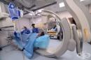 """Екипът на проф. Иво Петров от """"Аджибадем"""" спаси 78-годишна жена с масивен инфаркт"""