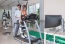 """Болница за рехабилитация """"Сердика"""" представи пред български лекари - специалисти японския Hal Cyberdyne, който помага на обездвижени хора да ходят отново"""