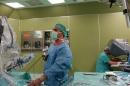 """Гръдните хирурзи от """"Токуда"""" извършиха три операции с робота """"Да Винчи"""""""