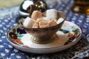 Има ли разлика между бялата и кафявата захар