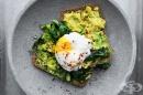 Как да приготвите перфектните поширани яйца