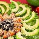 Салата от авокадо с маслини, домати и пармезан