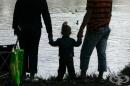 НАПГ: Министър Бисер Петков отказа социална сигурност на приемните семейства