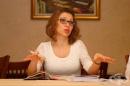Искра Михайлова: Не забраните, а диалогът, истината и смелостта решават проблемите