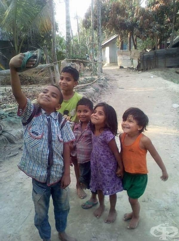 Не е нужно да имаш телефон, когатоп можеш да се усмихнеш на една джанка.