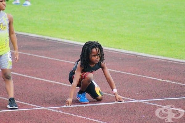 7-годишният Рудолф Инграм разби световния рекорд по бягане на 100 метра сред своите връстници, изминавайки разстоянието за 13,48 секунди.
